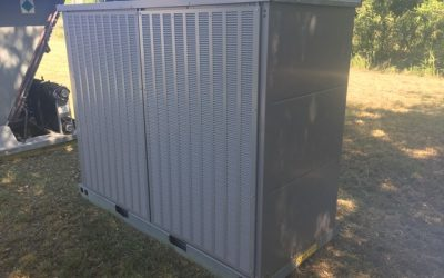 CARRIER – 20 TON NEW SURPLUS SPLIT SYSTEM AIR COOLED CHILLER
